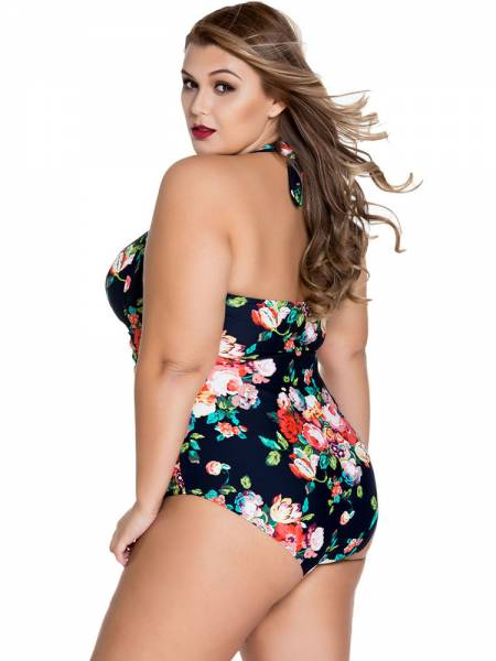 Sweetheart Neckline Keyhole & Ruched Front Halter Plus Size One Piece Swimsuit